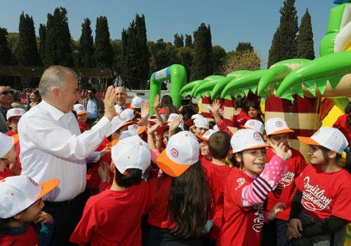 Sarayköy'de çocuk şenliği