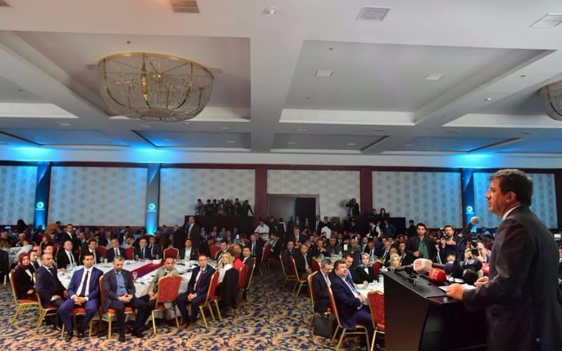 Zeybekci ekonominin genç aktörlerine seslendi