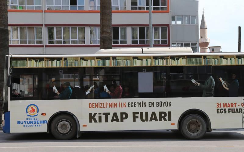 Denizli kütüphane otobüsü çok sevdi
