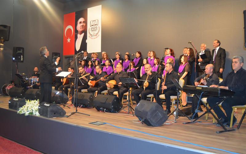 Denizli Barosu TSM ve THM Koroları'ndan konser