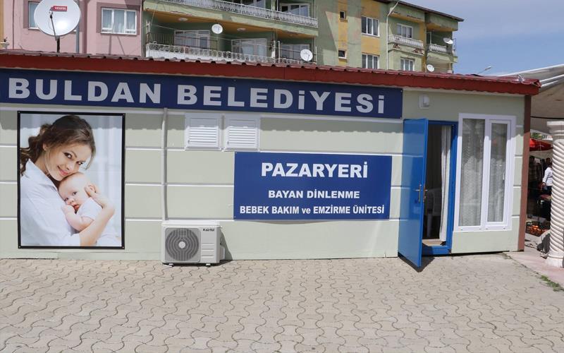 Buldan Belediyesi'nden annelere hizmet