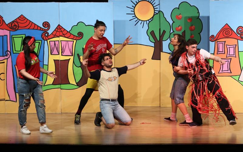 Büyükşehir çocukları tiyatroyla buluşturuyor