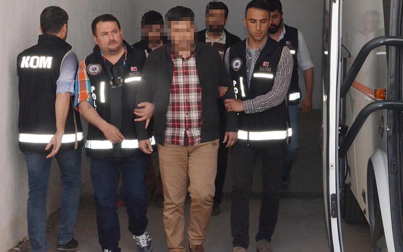 9 öğretmen bylock'tan tutuklandı