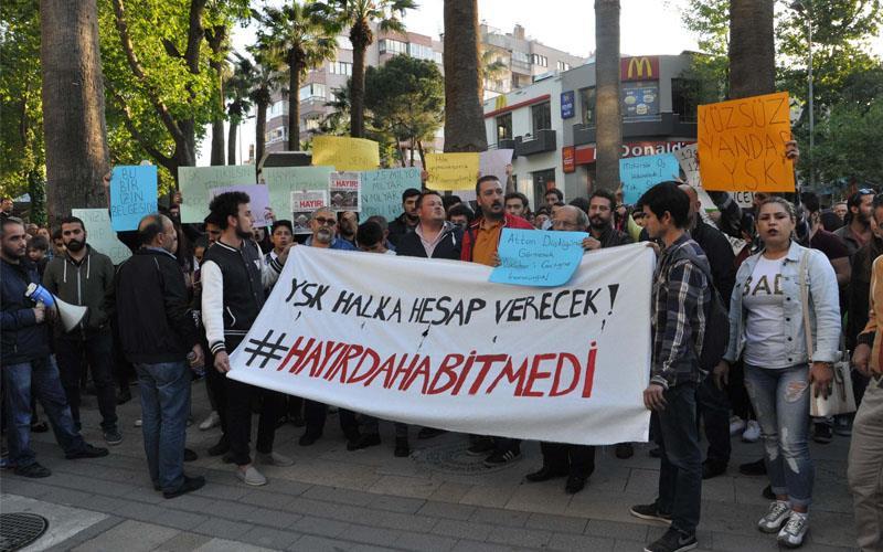 Denizli'de YSK protestosu