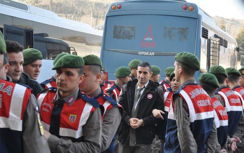 Başbakanlık askerler davasına müdahil oldu