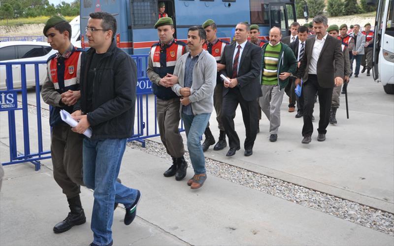 FETÖ emniyet yapılanması davasında 2 tutuklama