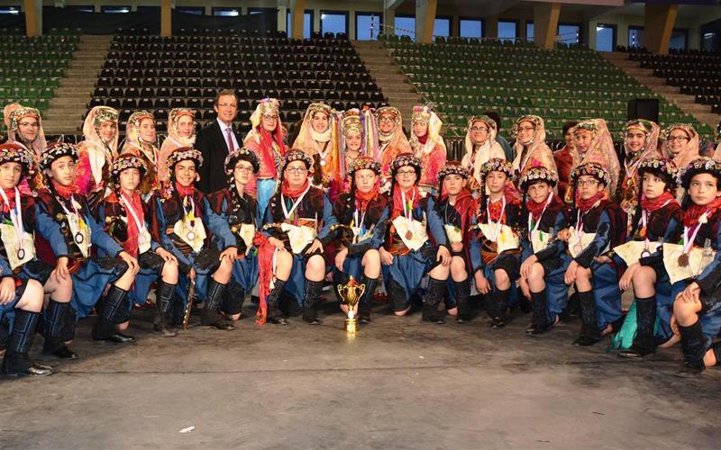 Halk oyunları Türkiye Şampiyonası Denizli'de