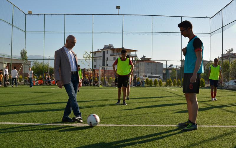 Sarayköy Gençlik Turnuvası başladı