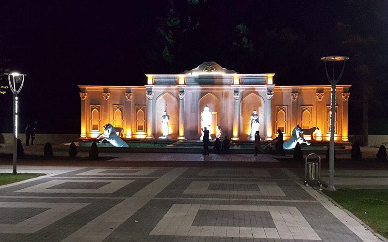 Denizli'de yapılan dev anıt 206 parça halinde taşındı