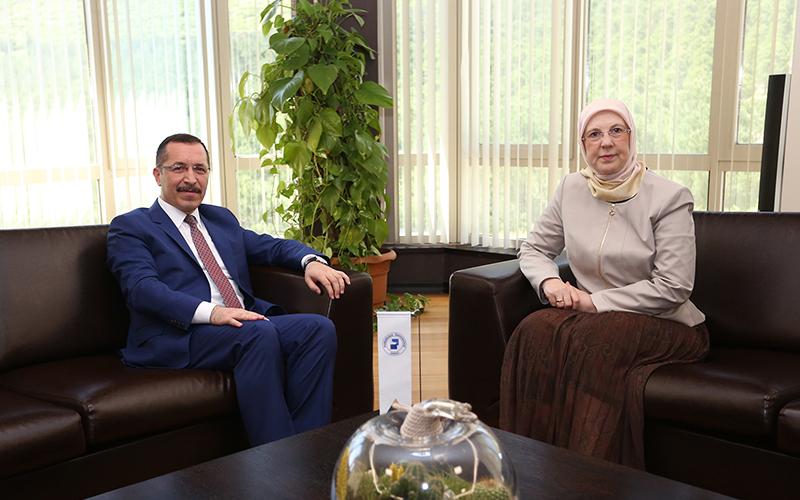 Ramazanoğlu'ndan Rektör Bağ'a ziyaret