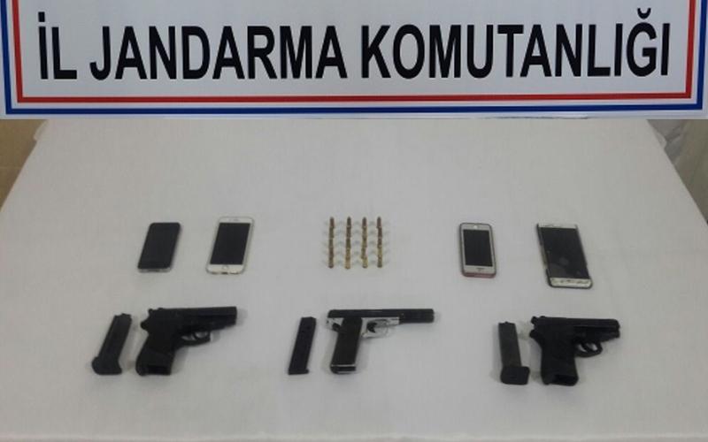 Jandarmadan tabanca operasyonu