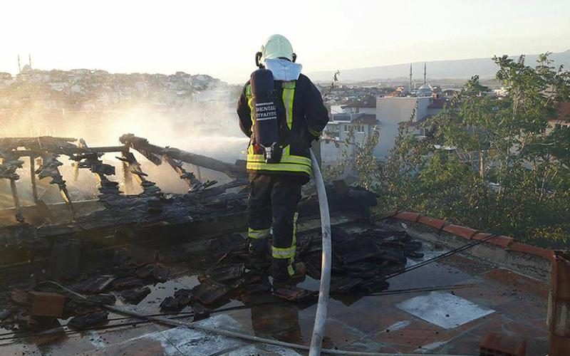 İlbade Mahallesi'nde ev yangını