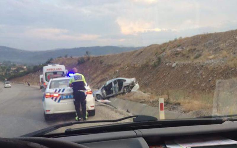 Denizli-Antalya karayolundaki kazada 5 yaralandı