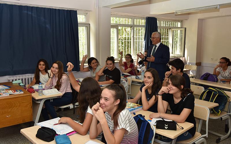 Denizli'de 10.507 öğrenciye ücretsiz kurs