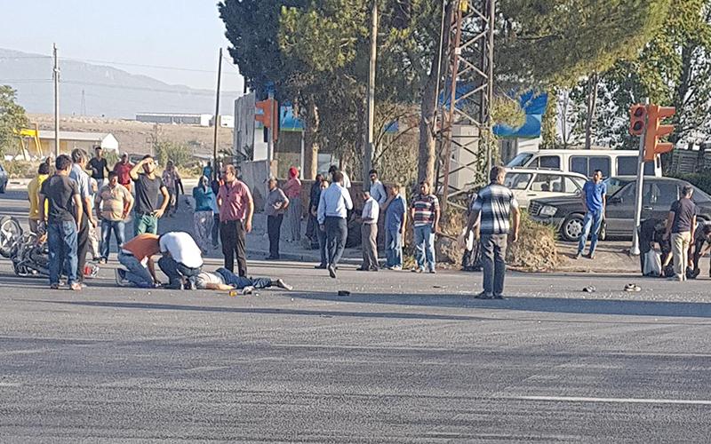 Denizli'de motosiklet ile minibüs çarpıştı: 1 ölü
