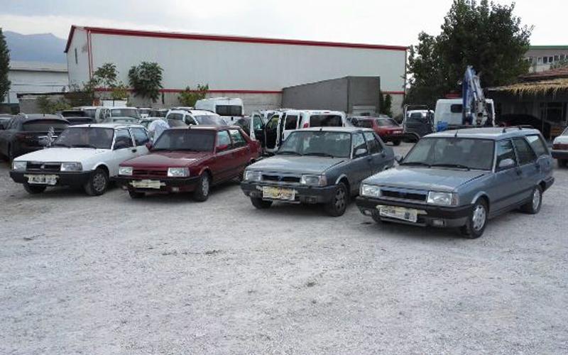 4 otomobili çalıp change yaptılar
