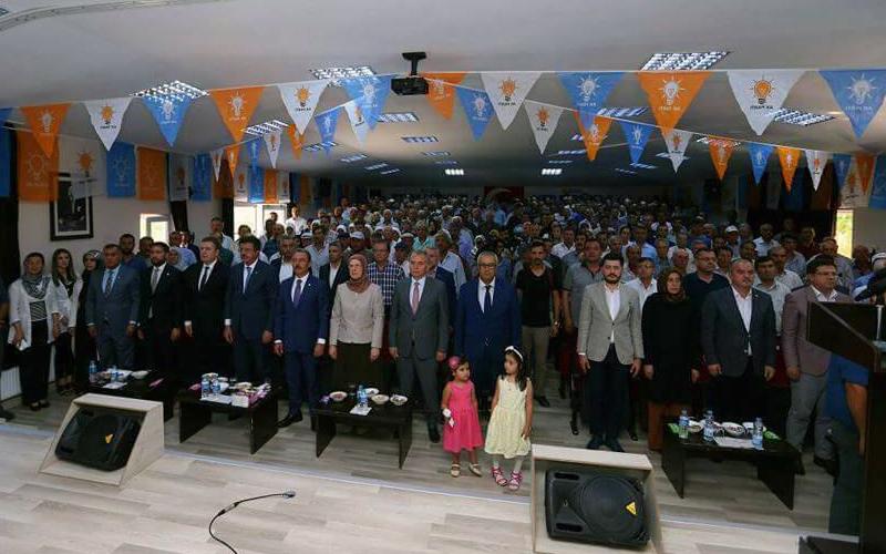 Çameli AK Parti'de Gököz güven tazeledi