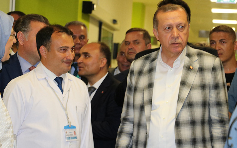 Erdoğan'dan Denizlili Başhekim Saçkan'a teşekkür