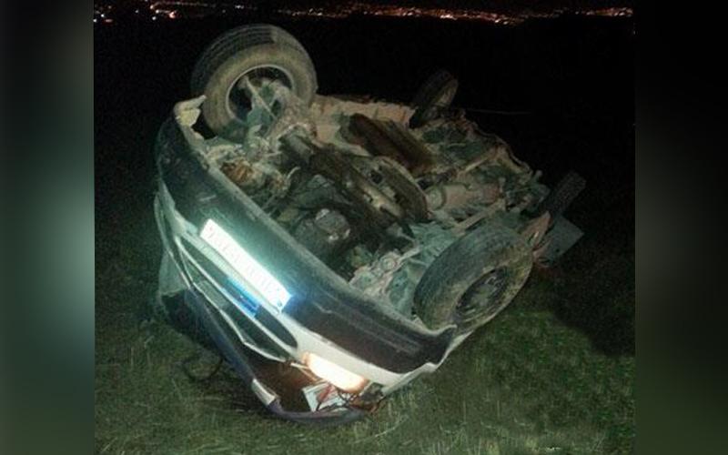 Denizli'de takla atan araç tarlaya yuvarlandı