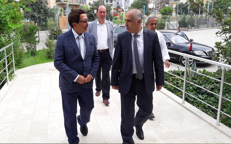 Karahan, Bereket Enerji ve DTB'yi ziyaret etti