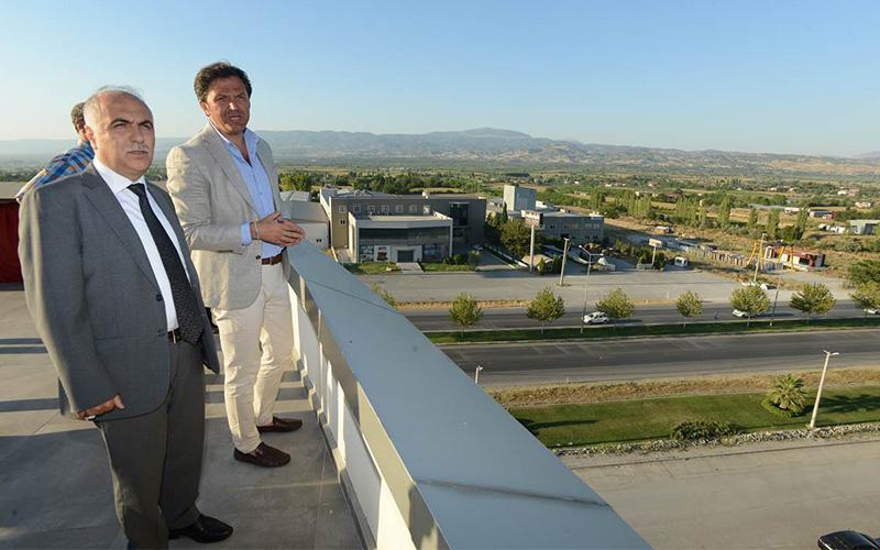 Vali Karahan, DENİB'i ziyaret etti