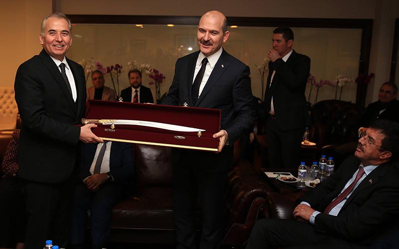 İçişleri Bakanı Soylu'ya Yatağan palası