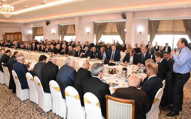 AK Partili Karacan: 2019'da Türkiye'nin önünde yol ayrımı var