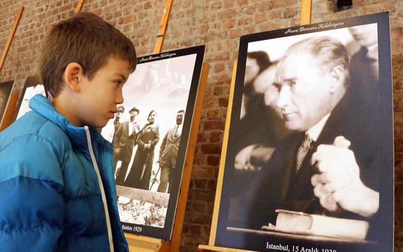 CSA Vakfı'nda Atatürk Fotoğrafları sergisi açıldı