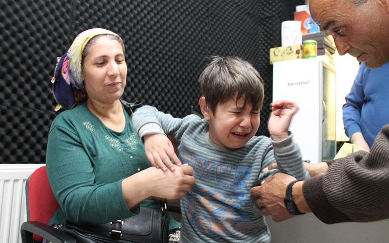İlk kez duyan Küçük Efe, heyecandan ağladı