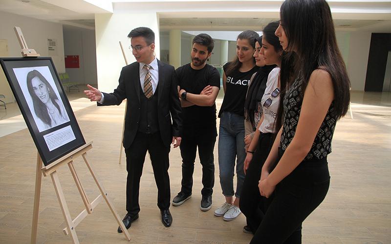 PAÜ'de Bilim İçinde Sanat sergisi