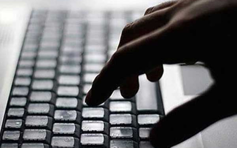 Sosyal medyada terör operasyonu: 5 gözaltı