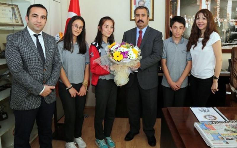 Ortaokul öğrencilerinden Emniyet Müdürüne ziyaret