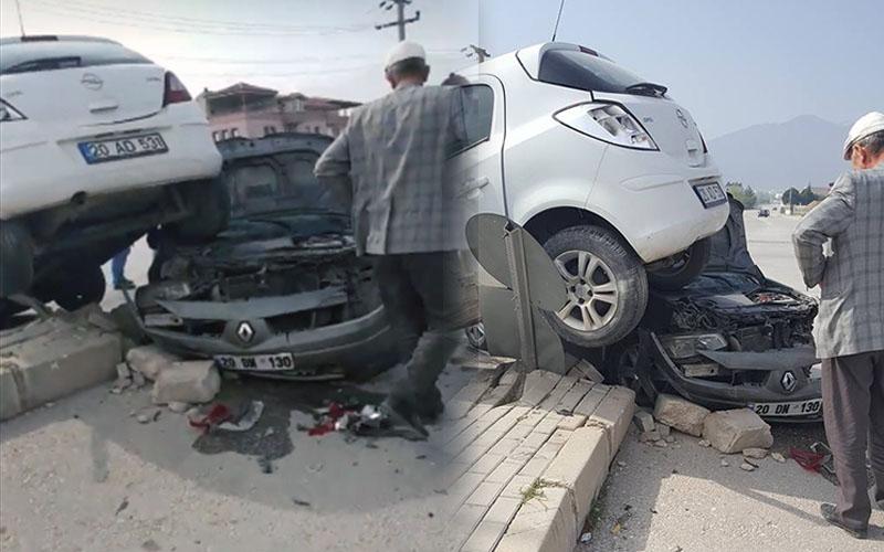 2 araç çarpıştı, biri diğerinin altında kaldı