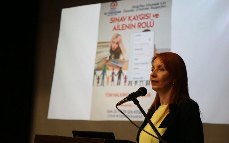 Büyükşehir'den sınav kaygısı semineri