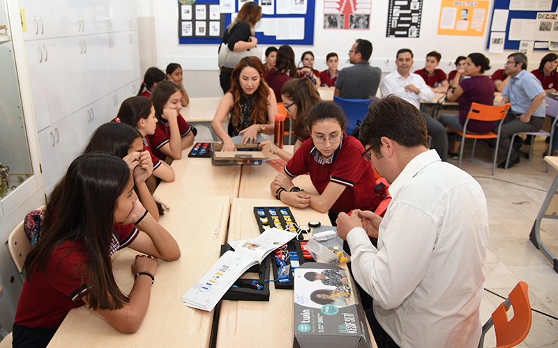 Bilim setleriyle özgüven ve inovasyon odaklı eğitim