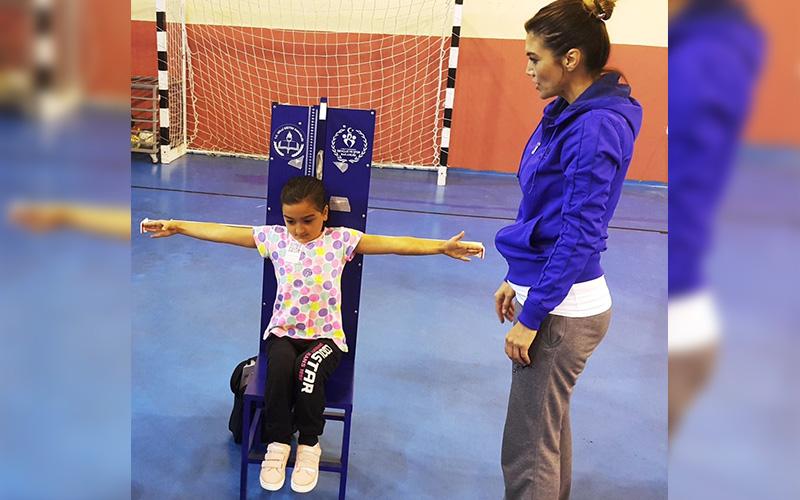 Çal'da öğrencilere sportif yetenek taraması yapıldı