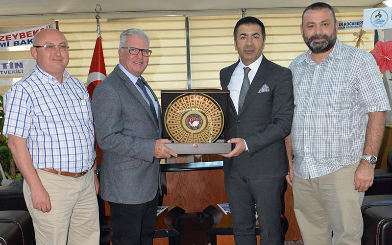 Avustralya Milletvekili Hayes, DTO'yu ziyaret etti