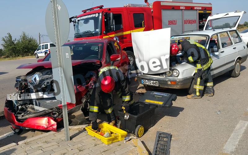 Göveçlik Yolu'ndaki kazada 4 kişi yaralandı