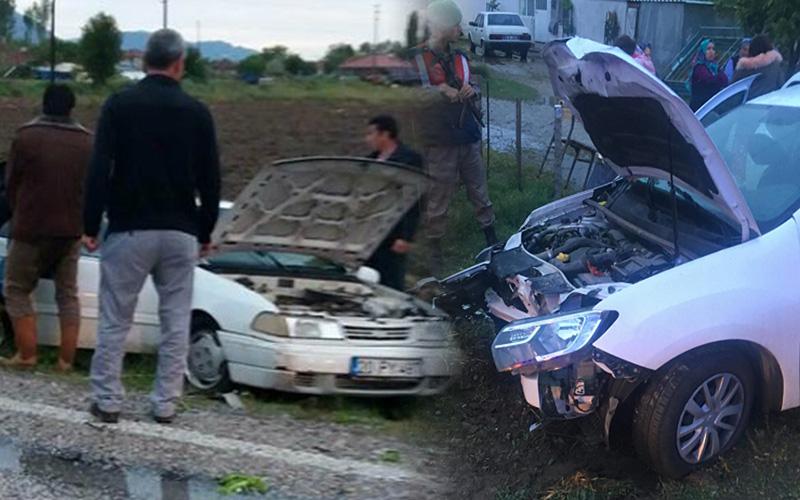 Acıpayam'daki kazada 2 otomobil çarpıştı