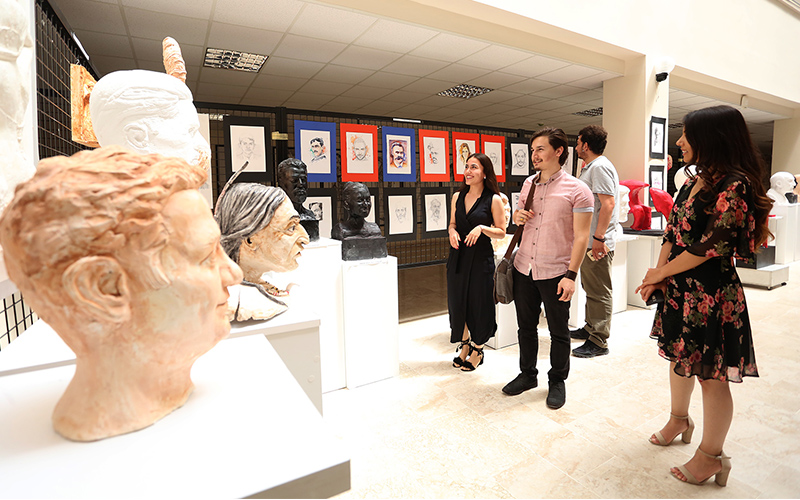 PAÜ Eğitim Fakültesi'nde karma heykel sergisi