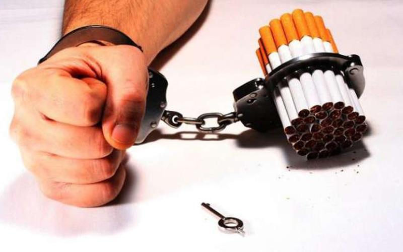 15 yaş üzeri 3 kişiden 1'i sigara tiryakisi