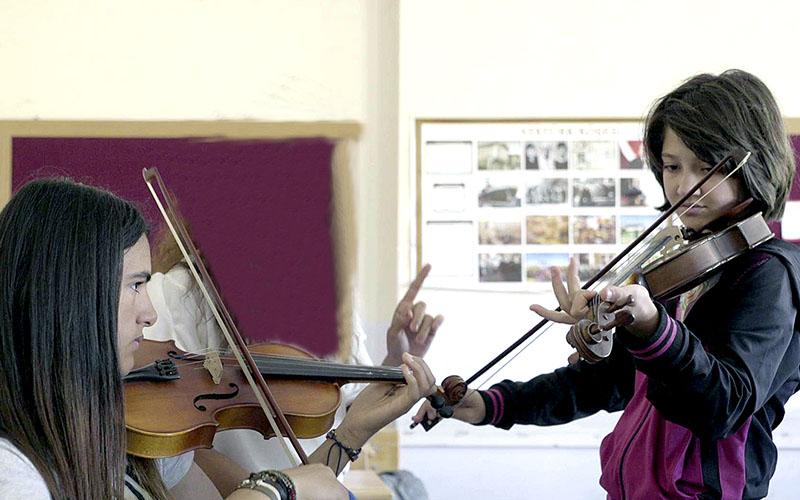 Ödüllü film 'Müzikli Bir Hikaye'nin kameramanları Denizli'den