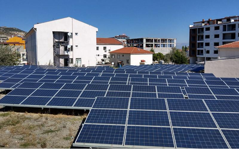 Kale Devlet Hastanesi tükettiği enerjinin 2,5 katını üretti