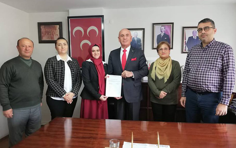 MHP kadın ilçe başkanı görevde