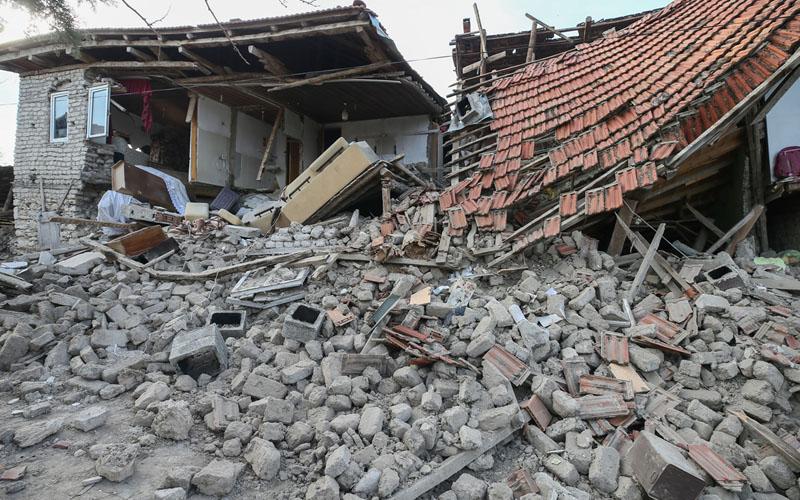 Acıpayam'da depremin bilançosu netleşiyor