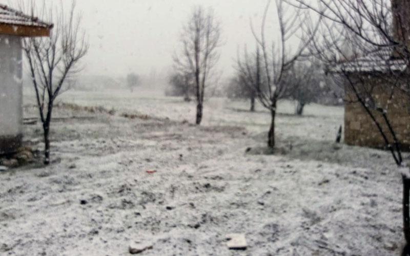 Mart yine martlığını yaptı, kar yağdı