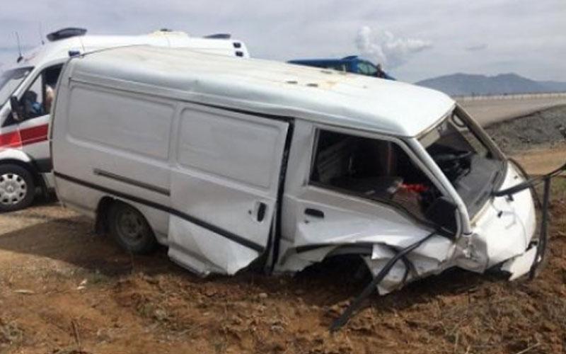 Acıpayam'daki kazalarda 3 kişi yaralandı
