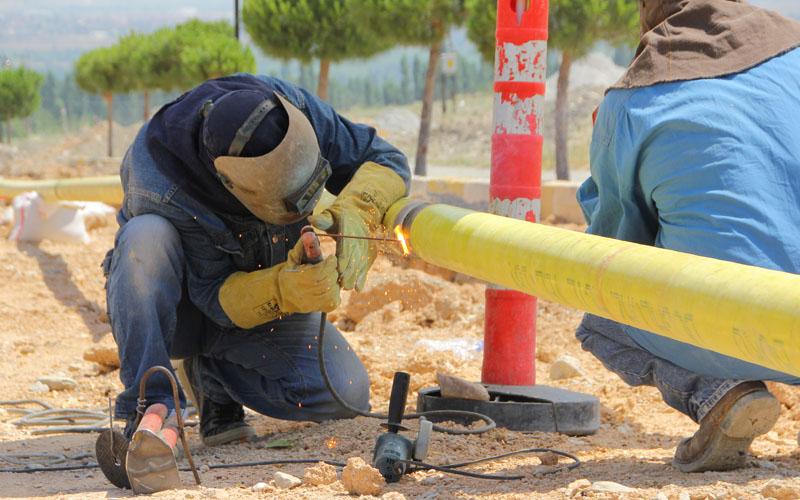 Devecioğlu'ndan 4 mahalleye doğal gaz müjdesi