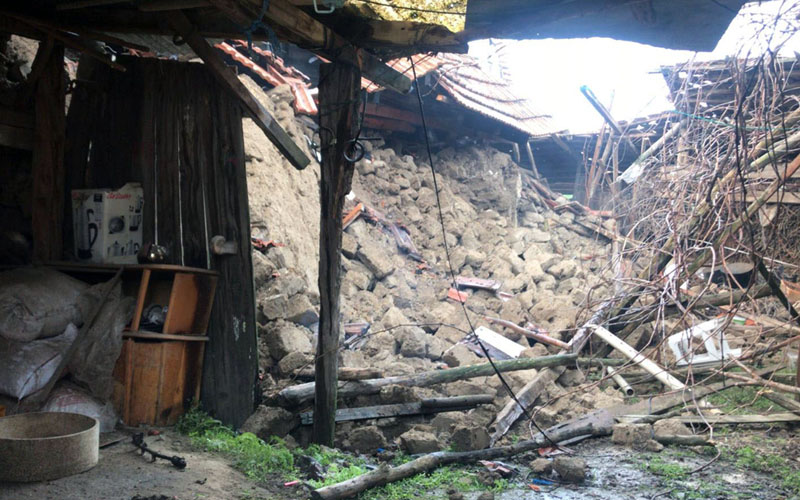 Acıpayam depreminden ilk fotoğraflar