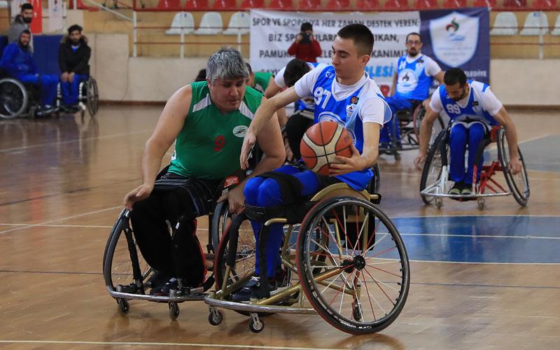 Pamukkale Belediyespor basketbolda 3. lige yükseldi